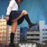【Giantess】シュリンカーフェチ必見!巨大女子高生JKが街を破壊するGTSクラッシュ
