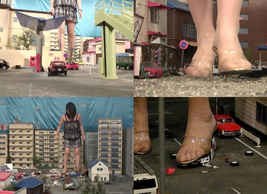 【Giantess】巨大娘がピンヒールですべてを粉砕するGTSクラッシュ動画!巨大な足裏に覆われてしまう臨場感のあるクラッシュ映像はジャイアンテスフェチ必見!