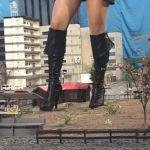 【Giantess】黒ブーツ美脚巨大娘の出現で街は逃げ場の無い修羅場と化す!