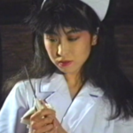 異次元の官能世界!白衣の天使ナースの白衣が鮮血に染まる女の腹切り 割腹 自刃映像!切腹シーン凄艶のナルシシズム