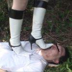 お嬢様が使用人のM男 弁当 花…をブーツで執拗に踏みつける!