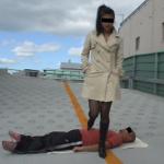 サトエリ似の容姿端麗な可愛い娘が野外でM男をロングブーツ責め!