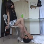 【M男】綺麗な長身美脚ファッションモデルのナマ足舐め&フークラ